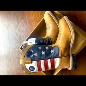 Boys size 2 Smokey Mountain leather boots